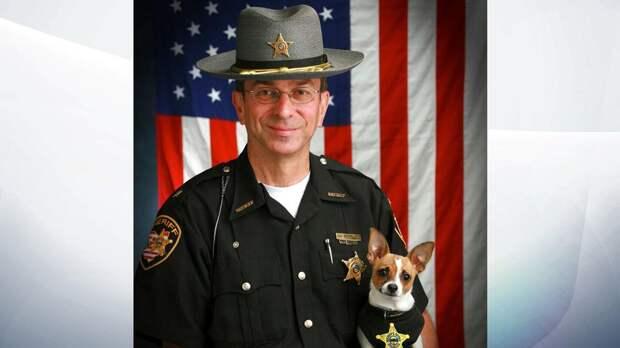 В США отставной шериф и его служебная собака умерли в один день