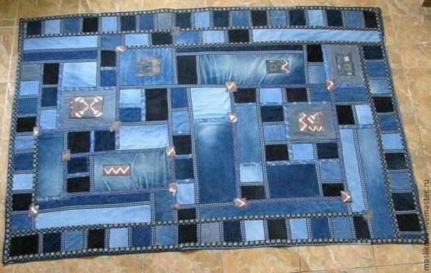 Переделываем джинсы: стильные ковры на все случаи жизни