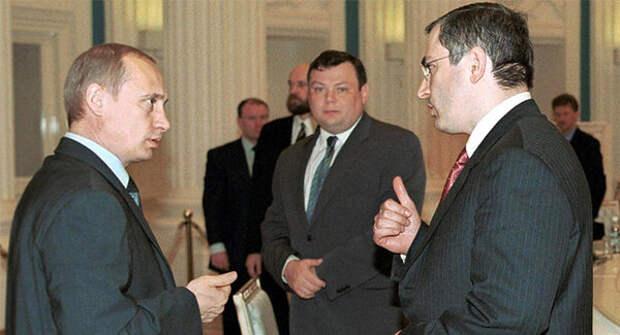 На фото: Президент России Владимир Путин, Михаил Ходорковский и Михаил Фридман.