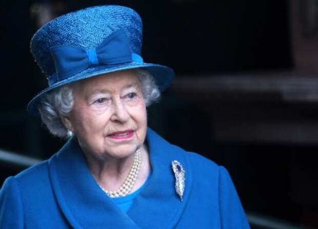 Елизавета II дала отпор посягательствам на свои земли