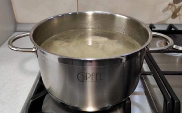 Любимый суп «по рецепту свекрови»: не нужно ничего натирать, тушить и жарить. Очень вкусно!
