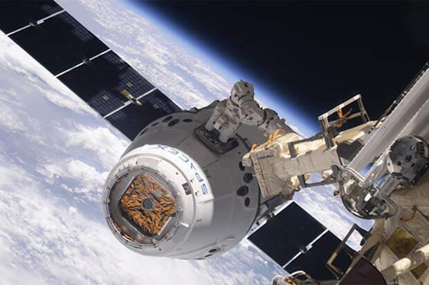 Теперь туристы будут летать на МКС на корабле Crew Dragon