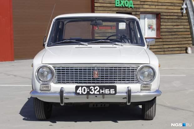 В Сибири отыскали идеальную «копейку» с крохотным пробегом — смотрите, на чем ездили в 70-х