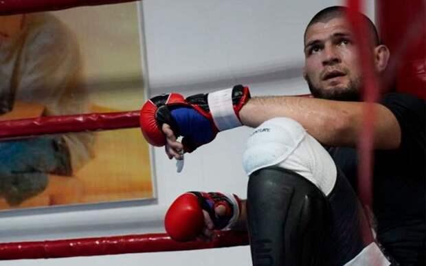 Хабиб вернулся к тренировкам после смерти отца