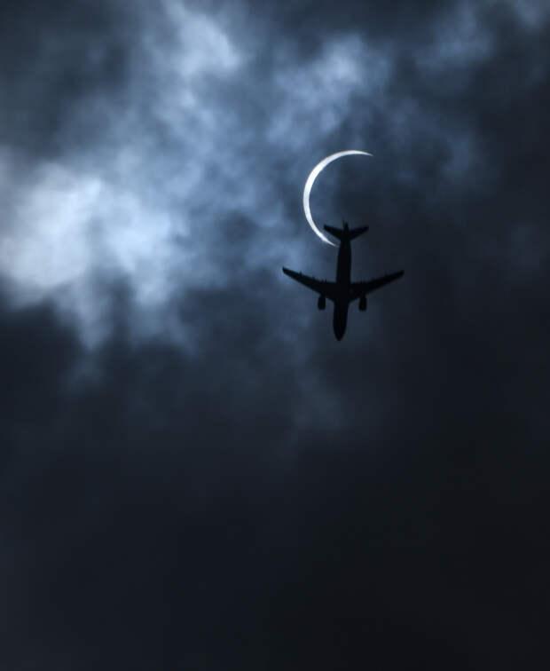 Россиянам для начала разрешат летать за границу из шести городов