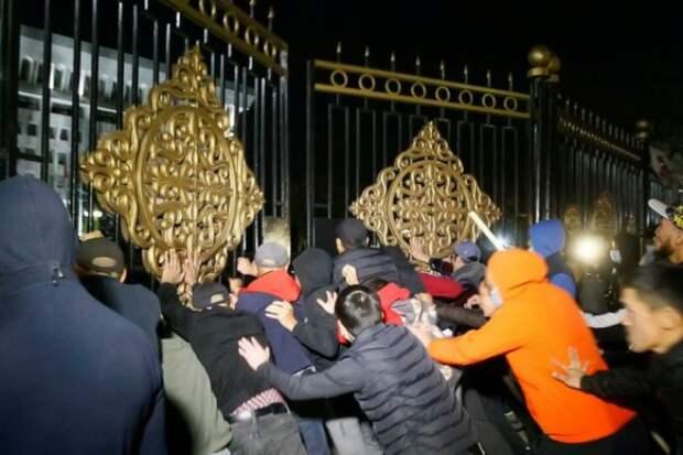 Демократические революции в Кыргызстане - лишь обычное прикрытие вековых кланов войн