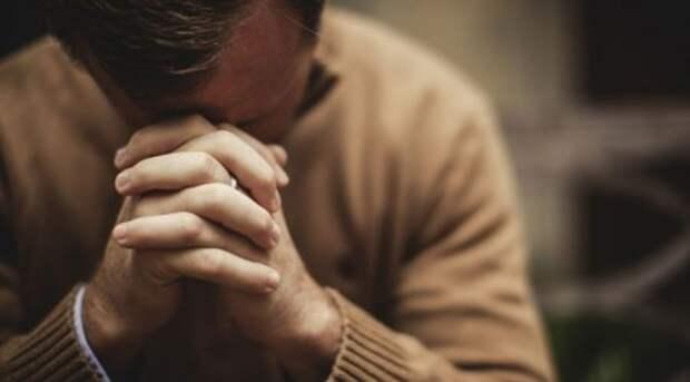 Не мученики, но за веру. В чем причина негативного отношения к верующим?