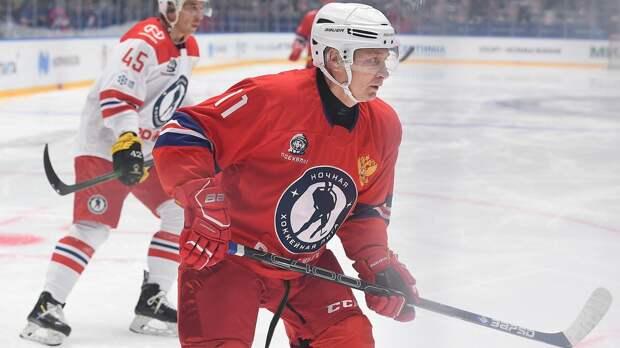 Путин: «Я только делаю вид, что умею играть в хоккей»