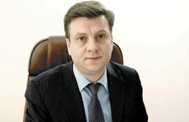 В Омской области пропал министр здравоохранения