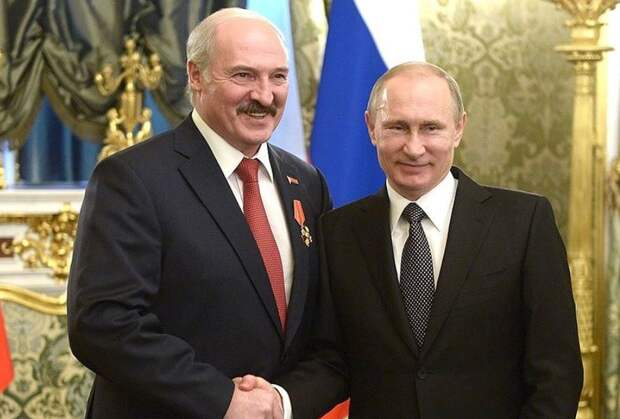 Путин примет в широкие объятия: озвучен сценарий воссоединения с Минском