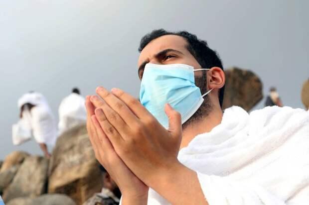 """Саудовская Аравия отменила запрет на въезд в страну, ведённый из-за """"британского"""" коронавируса-мутанта"""