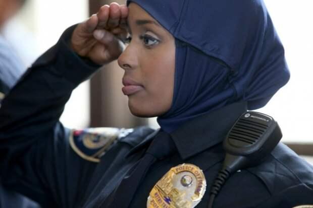 Хиджабы, тюрбаны и бороды в полиции США, Канады и Великобритании. ( 16 фото )