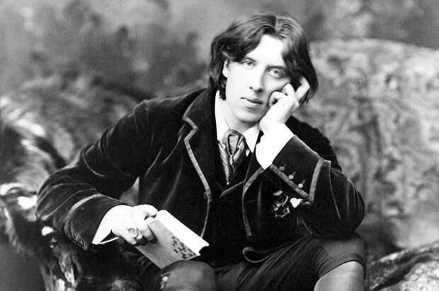 Остроумец и эстет, автор бесчисленного множества афоризмов и законодатель лондонской моды второй половины XIX века