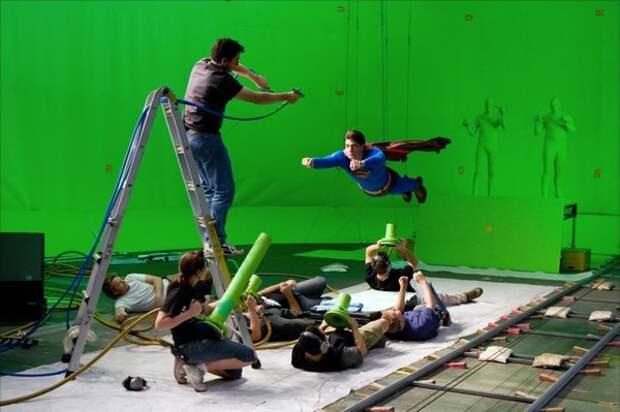Заработок в индустрии фильмов для взрослых от ассистента до звезды мирового уровня.