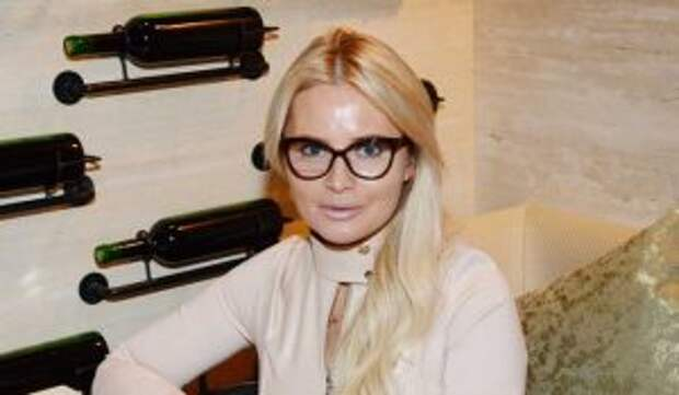У Даны Борисовой хотят отобрать дочь после попытки суицида