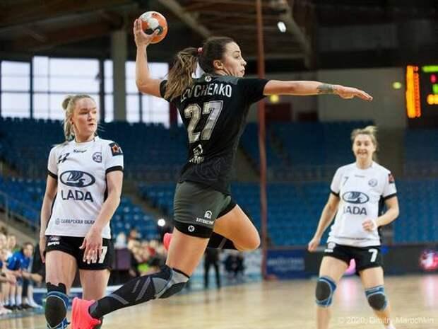 «Астраханочка» выиграла у «Лады» первый матч за бронзу Суперлиги