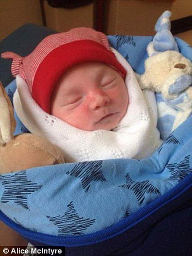 Маленький Рон, сын Линси и Марка