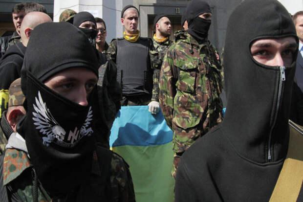Националисты из «Правого сектора» решили создать на Украине «универсальный» батальон