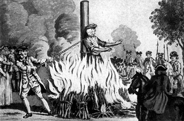В восемнадцатом веке палач душил приговорённую к костру во время самой казни.