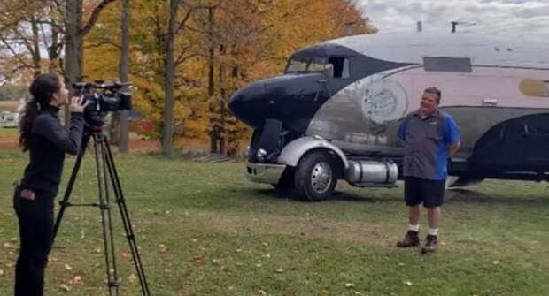 В США бывший летчик переоборудовал самолет в дом на колесах
