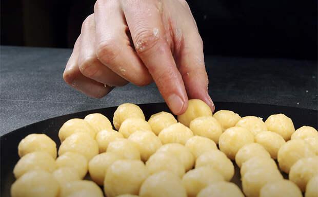 Ароматный суп с сырными шариками: сварили кастрюлю и все равно не хватило