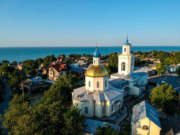 8 недооцененных мест в России, куда стоит отправиться прямо сейчас