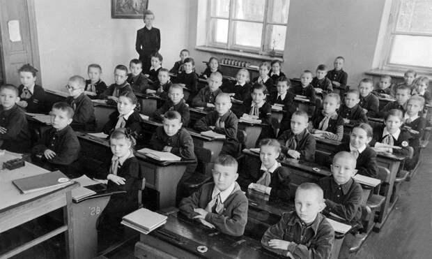 Школа СССР, 1955 год. Источник фото:  fotostrana.ru