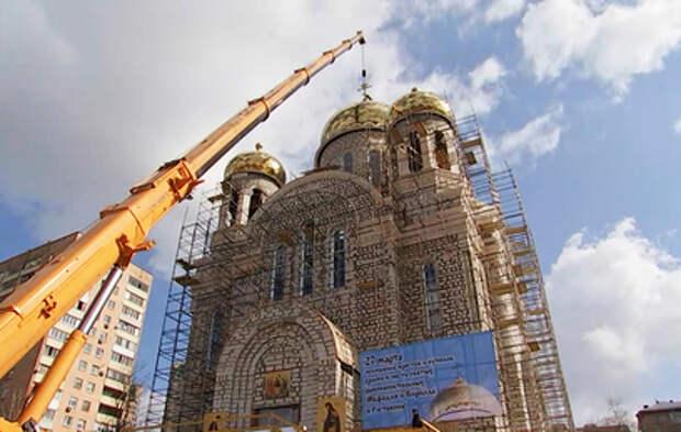 Ресин: в Москве построили 99 церквей за 10 лет