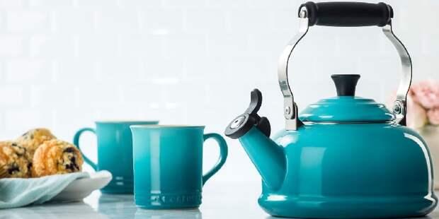 металлический чайник