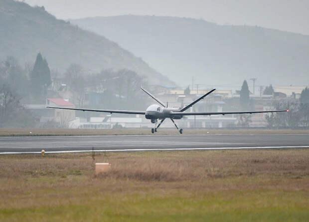 Китайский композитный беспилотник совершил первый полет