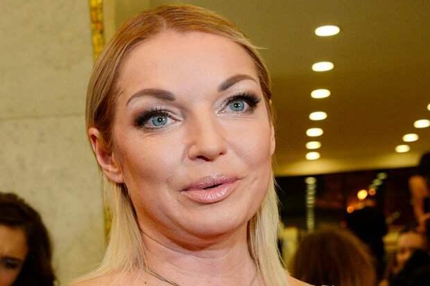 Ну вот теперь и Волочкова туда же, в бедности россиян, она обвинила их же самих