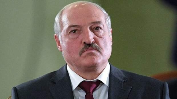 Последний доллар: Белоруссия готовит конфискацию валюты