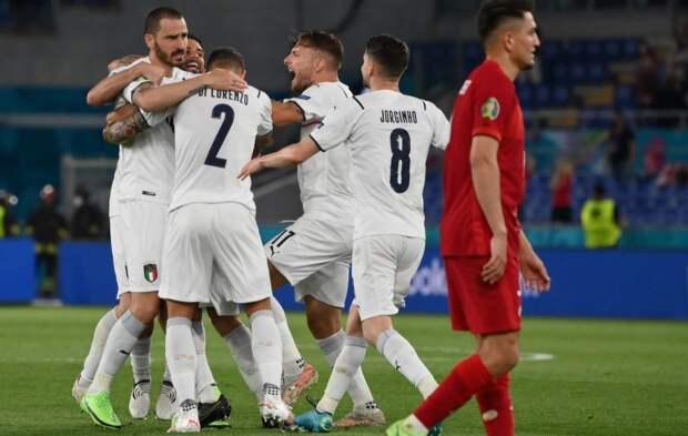Манчини начал с эффектного разгрома «под Слуцкого». Как Италия победила Турцию в первом матче Евро-2020