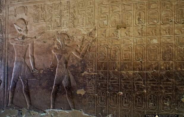 Вертолет, танк, подводная лодка: что на самом деле изображено на стенах храма в Абидосе