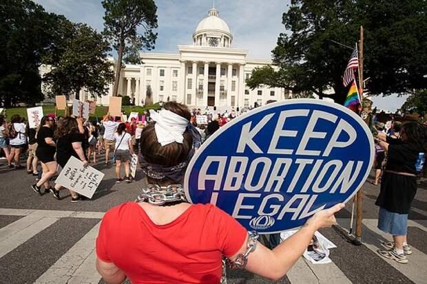 Адская демократия США: Забеременела от насильника? Иди ищи отца! сша, аборты, права человека