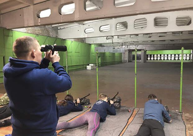 В Калуге прошли соревнования по пулевой стрельбе из малокалиберной винтовки