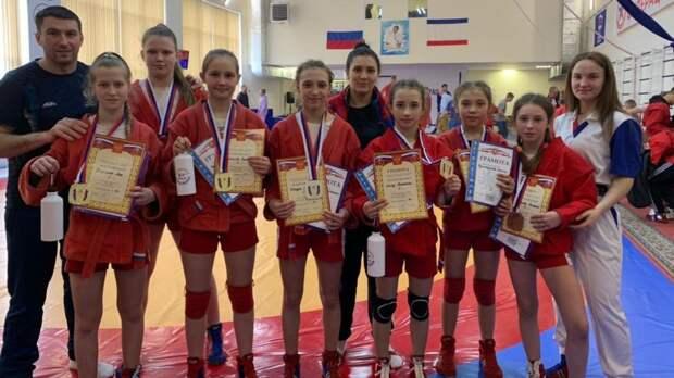 13 учащихся вошли в сборную Республики Крым по самбо