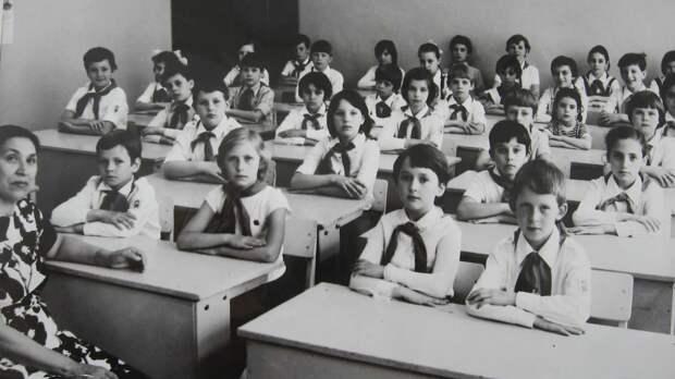Зачем изъяли Сталинский букварь. Революционные советские учебники, которым завидовали в США
