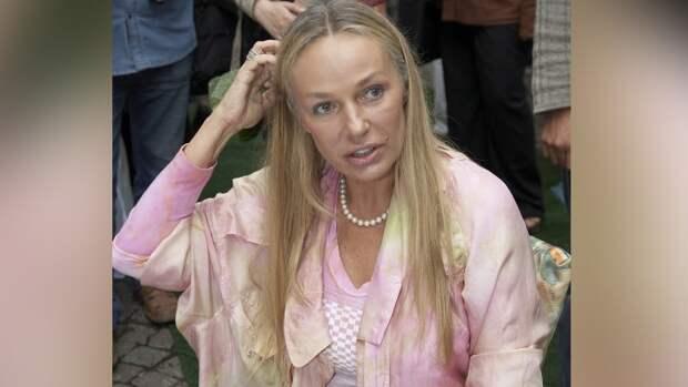 Звезда фильма «Мэри Поппинс, до свидания» показала накаченного сына-красавца