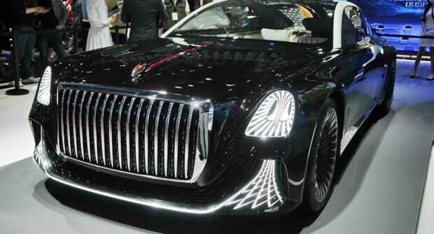 Hongqi представила трехместный лимузин L-Concept без руля