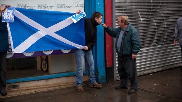 Первый министр Шотландии пообещала добиться референдума о независимости