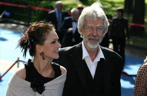 Борис Хмельницкий с дочерью. / Фото: www.zendiar.com