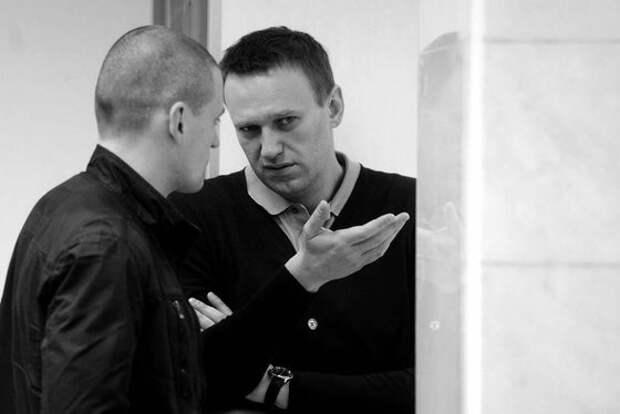 """Навального заставят ответить на неудобные вопросы. Удальцов раскрыл тайны Болотной и """"чей Навальный"""""""