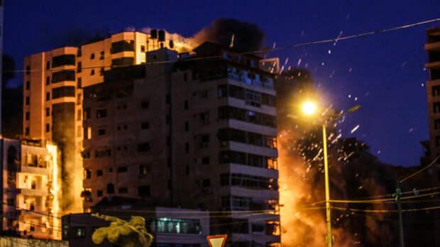 """""""При Трампе было спокойно"""": житель Израиля обвинил Байдена в обострении на Ближнем Востоке"""