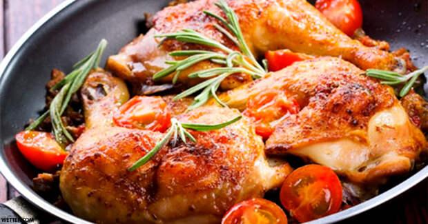 Прекратите сдирать с курицы кожицу: это самая полезная ее часть