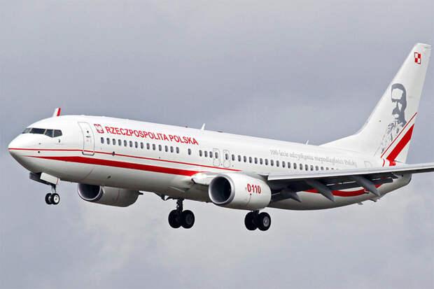 Самолёт ВВС Польши подал сигнал о захвате и сменил курс