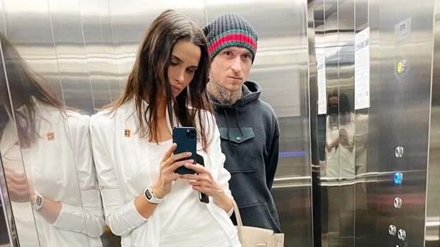 Адвокат раскрыла подробности развода Мамаева с женой Аланой