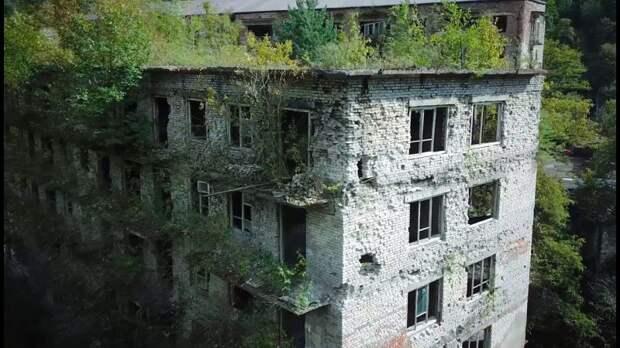 Акармара— поселок-призрак страгической историей