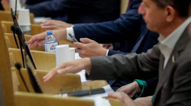 В Госдуме приняли закон о двух президентских сроках