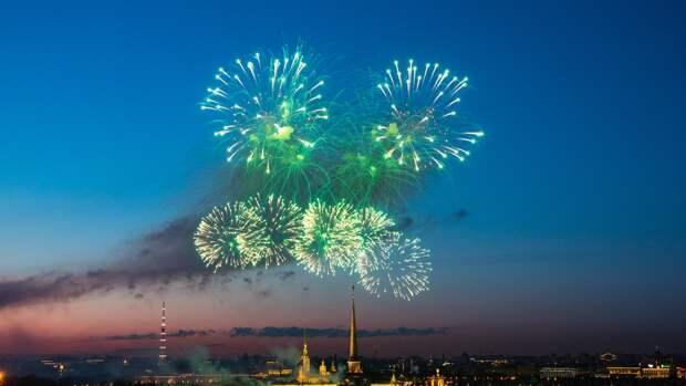 В Кронштадте прогремит праздничный салют в честь Дня ВМФ